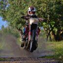 Rouler à moto sans danger : ne négligez pas votre sécurité